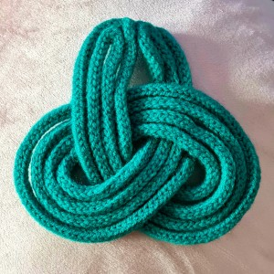 Nicola Reilly Knitted Knot - Biggar Links
