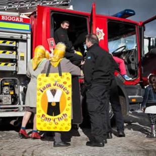 The Tom Jones fan club accost Biggar fireman at BLF 2015